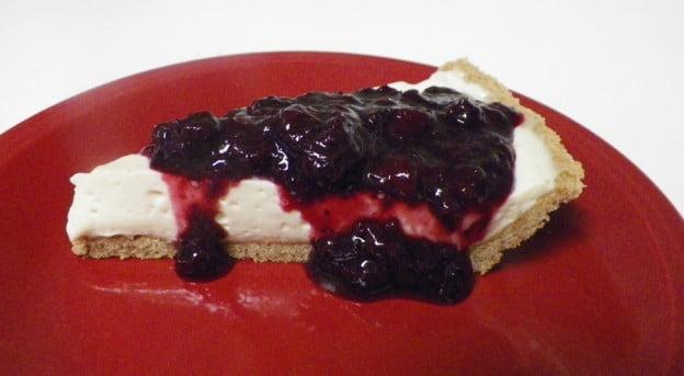 Cheesecake with Mrs. Glee's Graham Cracker Mix Crust